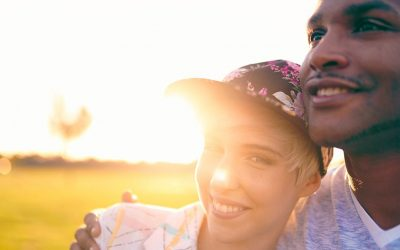7 Healthy Relationship Practices Happy Couples Do Every Day