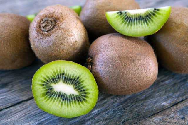 hormone balancing superfoods #8 kiwifruit