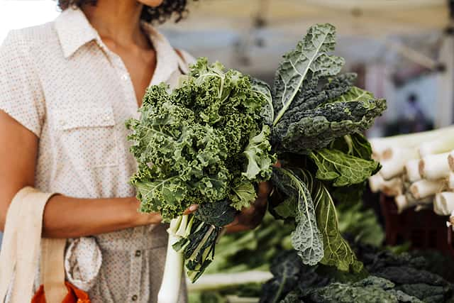 hormone balancing superfoods #6 leafy greens